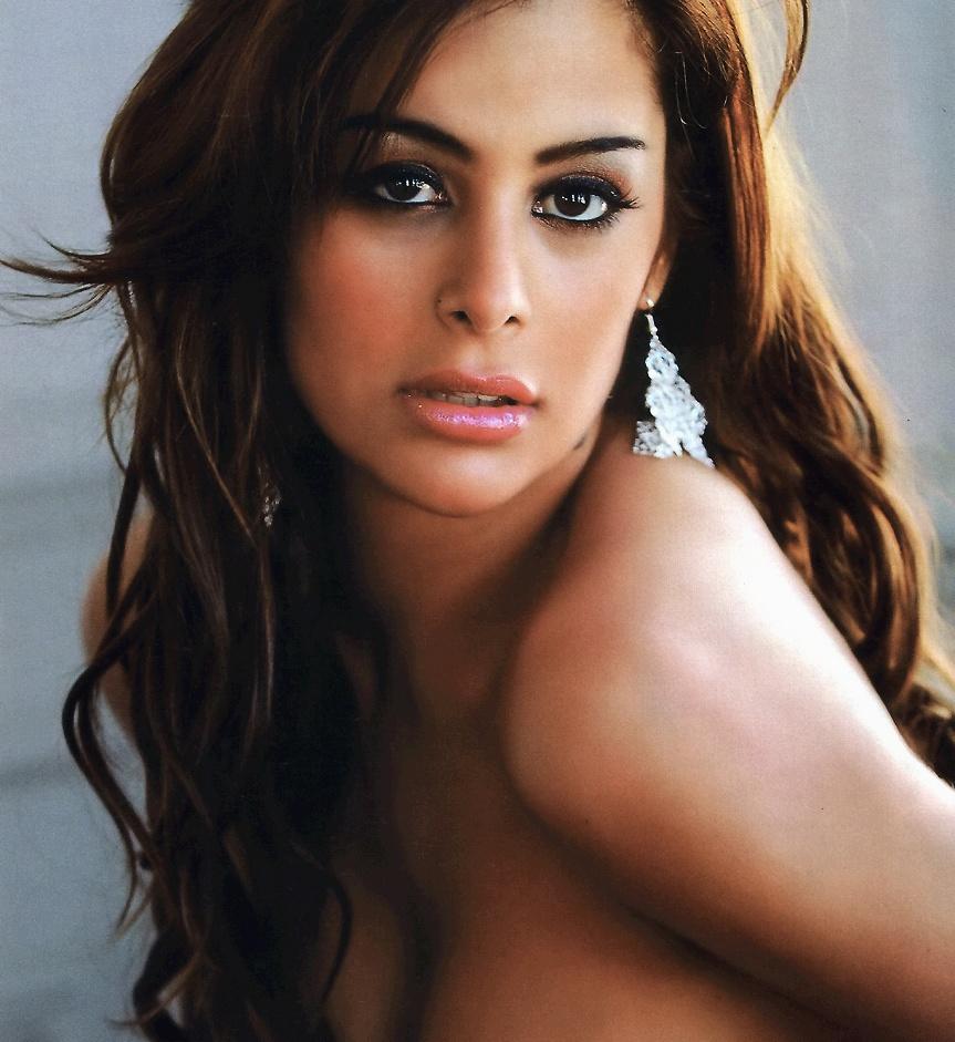 Larissa Riquelme será capa da Playboy em setembro