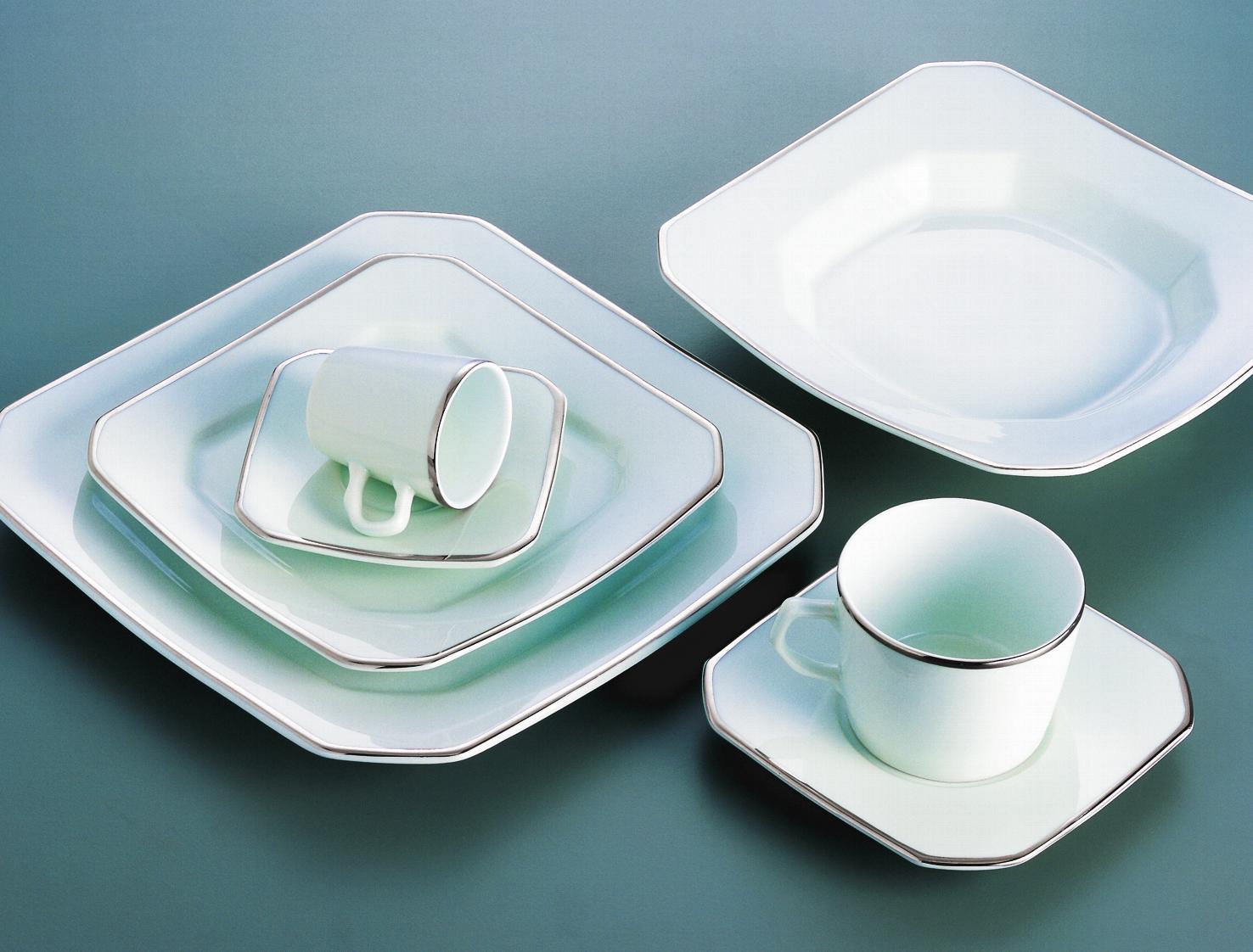 Aparelhos de jantar são utensílios que podem levar requinte à mesa  #726159 1476x1122