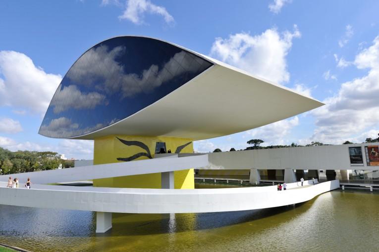 Imagem Museu Oscar Niemeyer together with Alicia Vikander Reveals Gorgeous Figure White Bikini Relaxes Poolside Brazilian Getaway besides Convair Xb 43 moreover Santiago Calatrava Wins The European Prize For Architecture in addition Stockbilder Brasilien Pantanal Image34362494. on oscar niemeyer museum