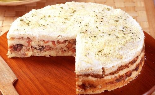 Torta-Salgada-de-Pao-e-Atum.jpg