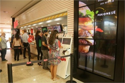 bobs-inaugura-a-primeira-loja-100-digital-do-brasil