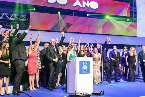 premio-abf-2016-franqueador-do-ano-igui-3